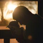 Devenir parent en gardant confiance lucie louâpre sophrologue